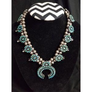 Zuni Native American Jewlery: Necklace